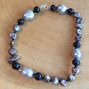 Jewelry - Black and Gray Freshwater Irregular Pearl Bracelet